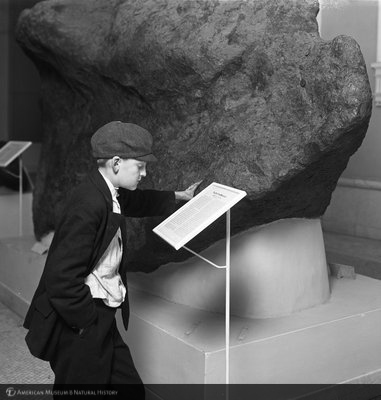 http://images.library.amnh.org/d/t/8x10/0001/00033604_l.jpg